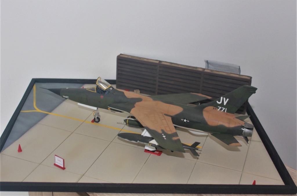 F 105 Thunderchief (Monogram 1/48) - Page 2 Img_4739