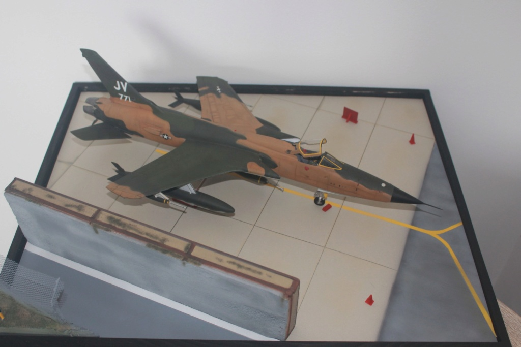 F 105 Thunderchief (Monogram 1/48) - Page 2 Img_4740