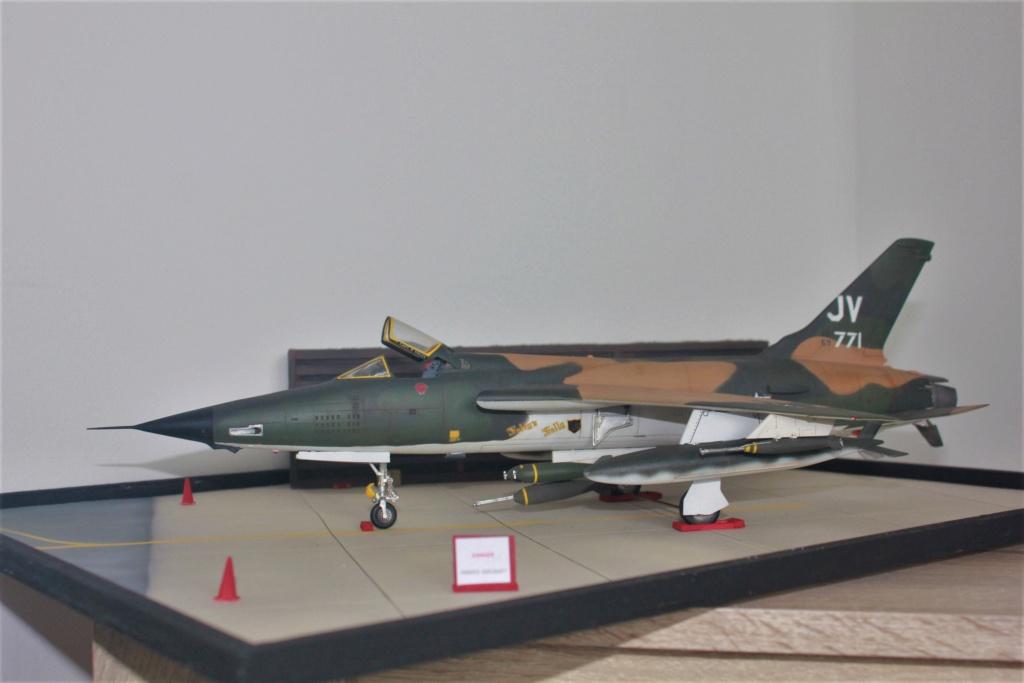F 105 Thunderchief (Monogram 1/48) - Page 2 Img_4741