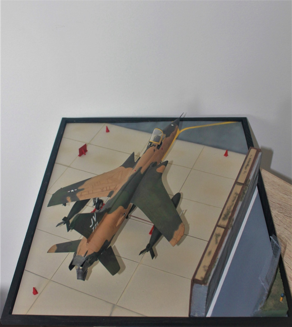 F 105 Thunderchief (Monogram 1/48) - Page 2 Img_4744