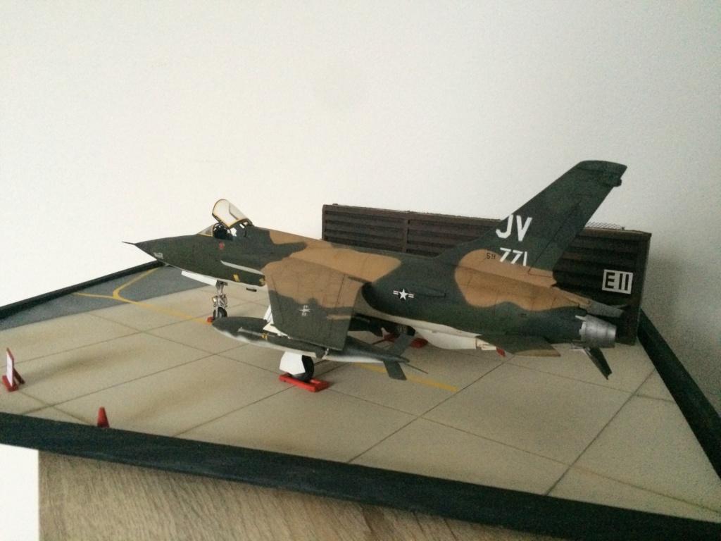F 105 Thunderchief (Monogram 1/48) - Page 2 Img_5018