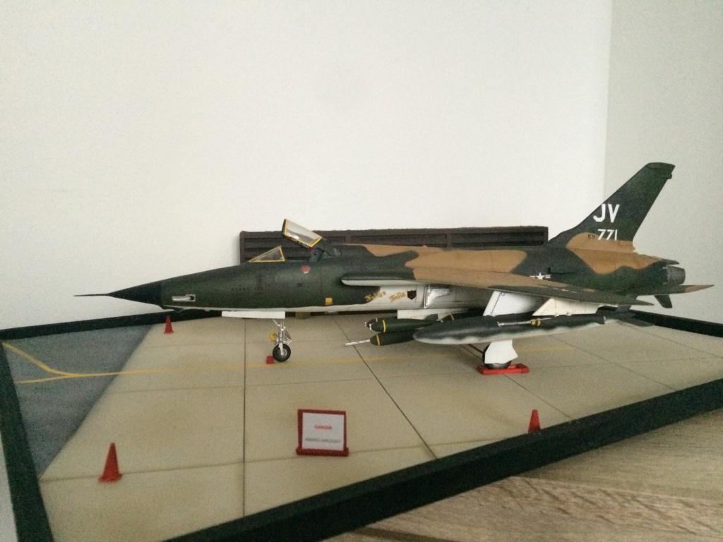 F 105 Thunderchief (Monogram 1/48) - Page 2 Img_5020
