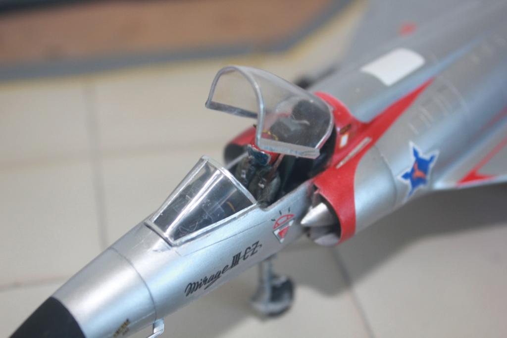 Mirage III CZ(s) ( Hobbyboss + Heller 1/48)  FINI - Page 2 Img_5430