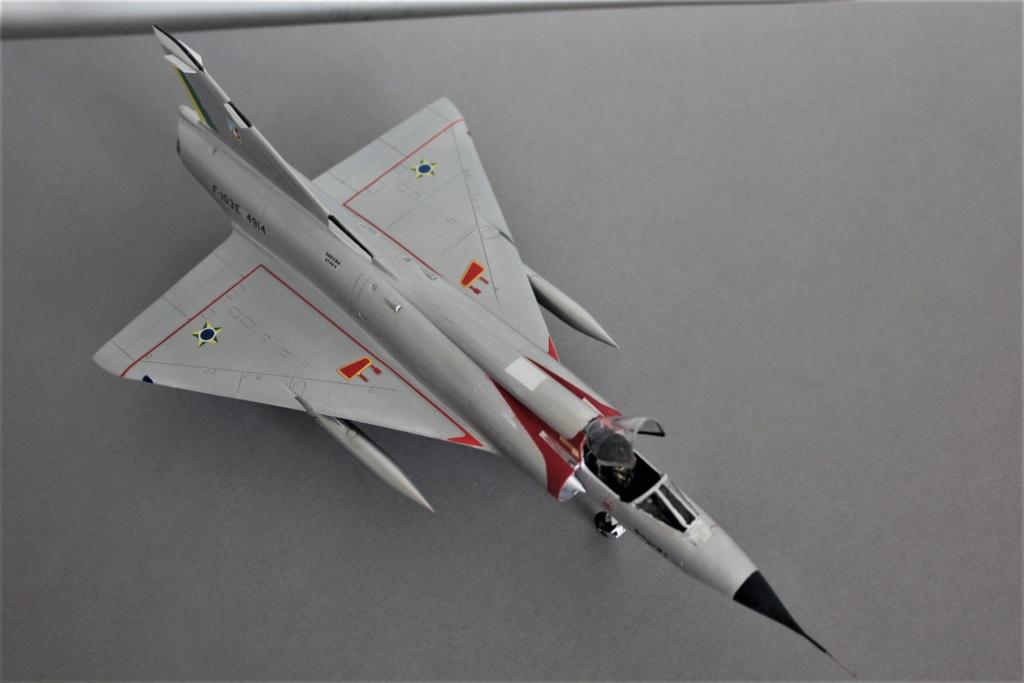 Mirage III EBR  ( Heller + FM 1/48) FINI - Page 3 Img_5524
