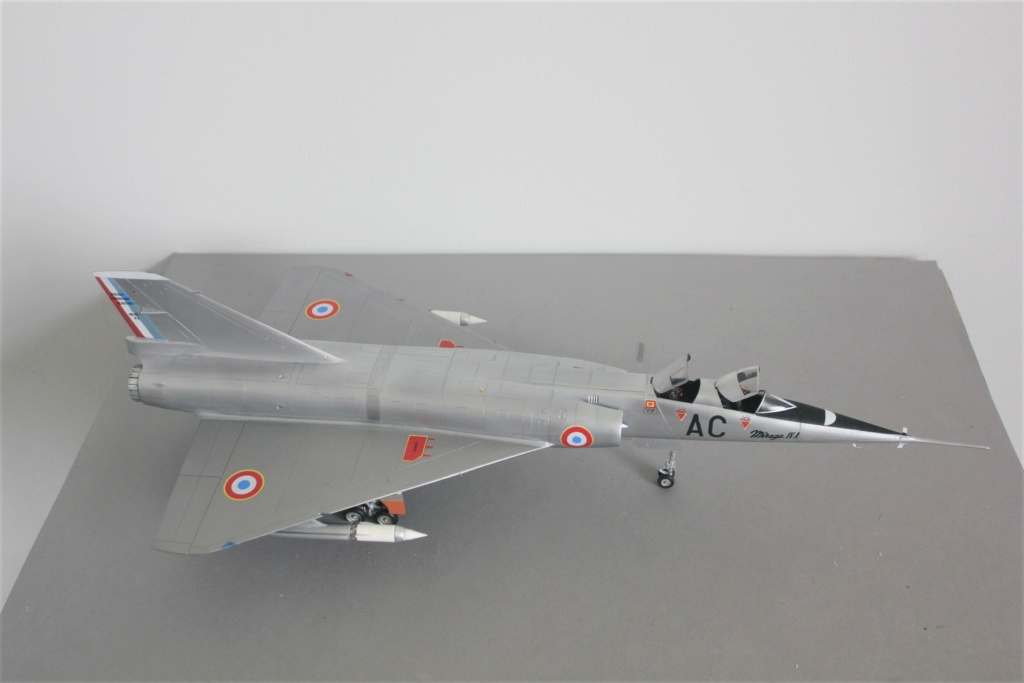 MIRAGE IV      (Heller    1/48)  FINI - Page 4 Img_5838
