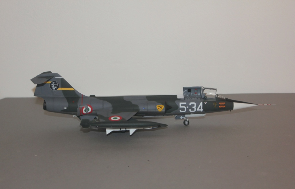 F 104 S (Monogram 1/48 + scratch)   FINI   - Page 3 Img_5966