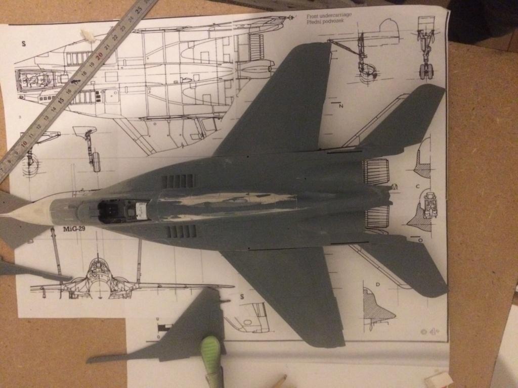 Défi 2020 - MiG 29 ( Monogram 1/48) *** Terminé en pg 5 - Page 3 Img_6324