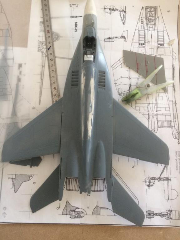 Défi 2020 - MiG 29 ( Monogram 1/48) *** Terminé en pg 5 - Page 3 Img_6325