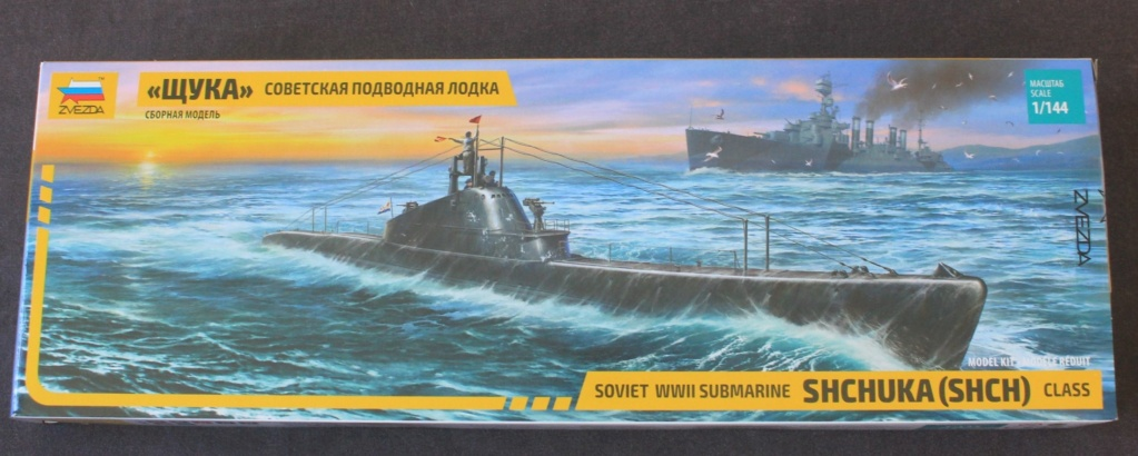Ouvre-boite  Sous Marin  SHCHUKA class X    ( ZVEDA   1/144) Img_6445