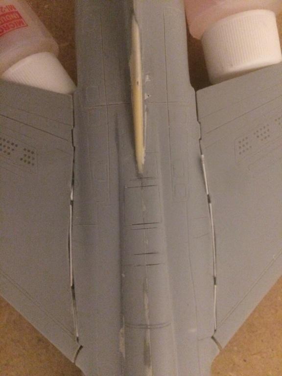 Mirage F1 B  ( F.M.  1/48)  FINI - Page 2 Img_7114