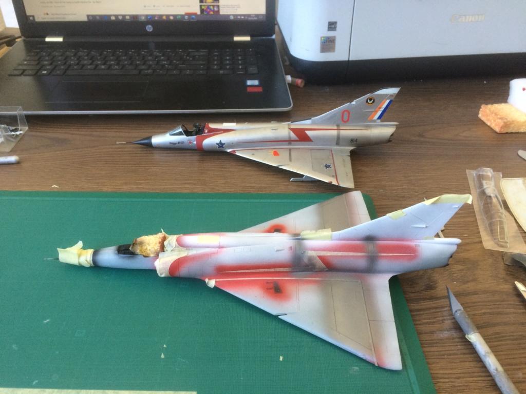 Mirage III CZ(s) ( Hobbyboss + Heller 1/48)  FINI Img_7131