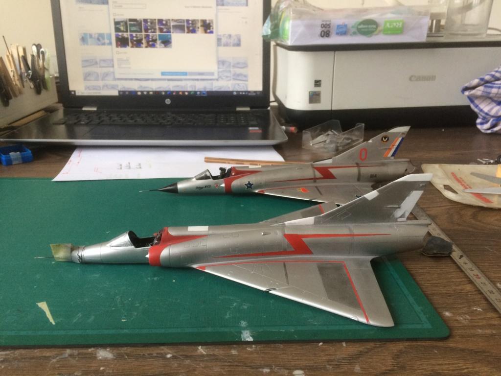 Mirage III CZ(s) ( Hobbyboss + Heller 1/48)  FINI Img_7213