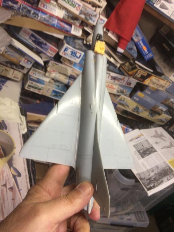 Mirage III CZ(s) ( Hobbyboss + Heller 1/48)  FINI - Page 2 Img_7218