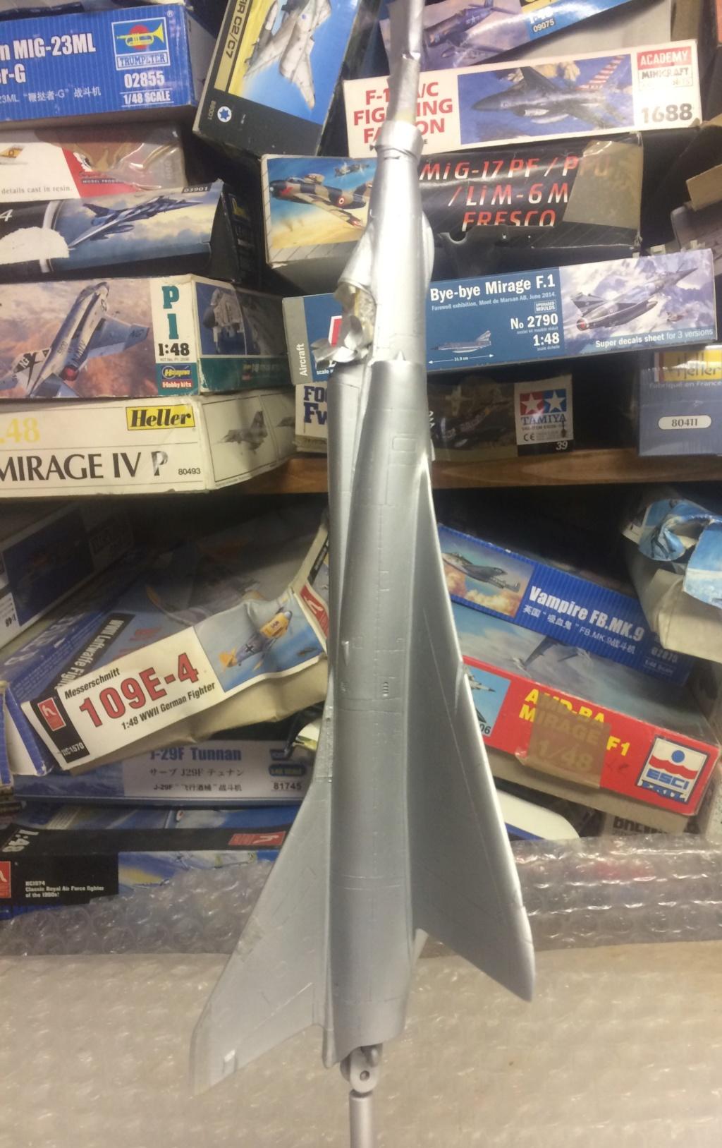 Mirage III EBR  ( Heller + FM 1/48) FINI - Page 2 Img_7411
