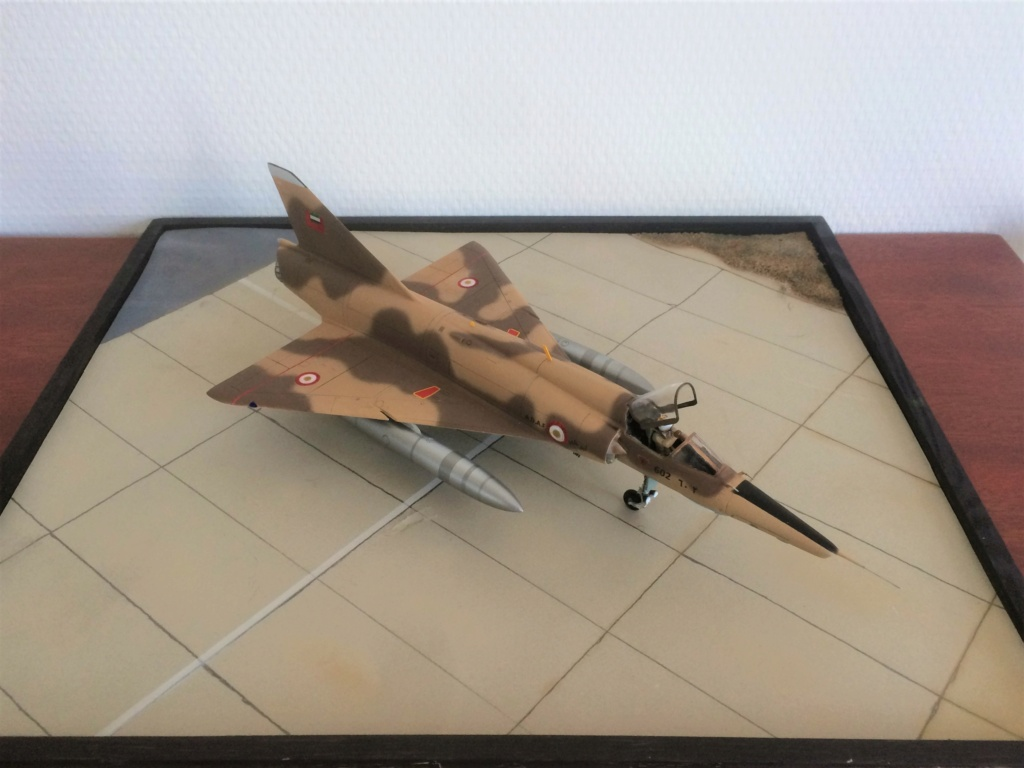 "MIRAGE 5 RAD  (1/48  HELLER + ""OURAGAN 25"") FINI - Page 2 Img_7914"
