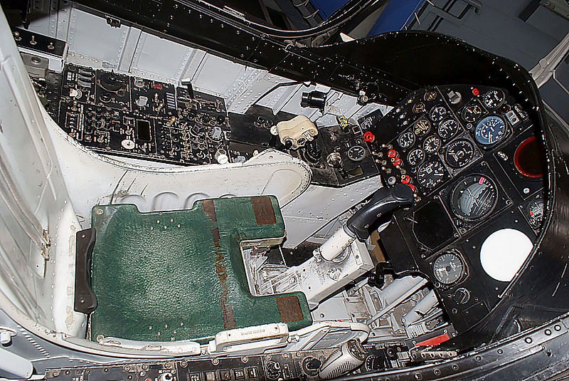 A-7A Corsair 2 1/72 clap de fin !!!!!!!! Ling-t10
