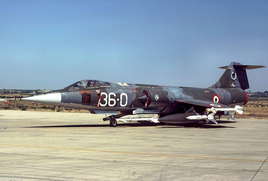 F 104 G ( Monogram 1/48) Lockhe10