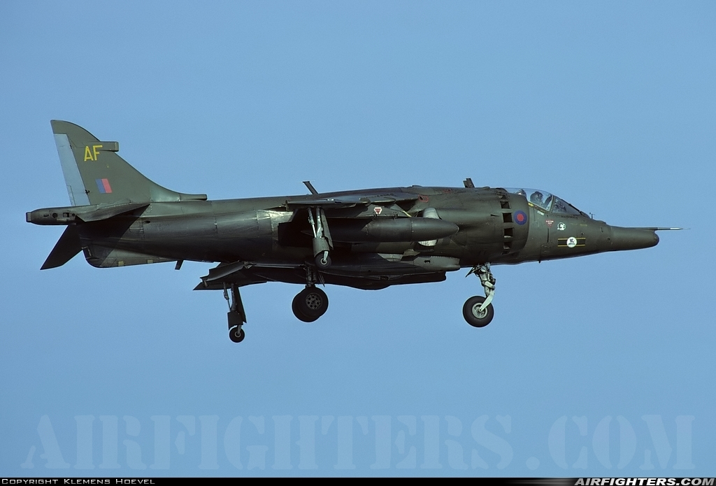H.S.  HARRIER GR 3    ( AIRFIX  1/48)  FINI Photo_10