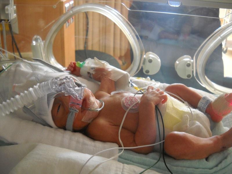 accouhement de bébé espoire mini billy +photo 8juin 2010 a 27semaine et2/7 Dscn1410