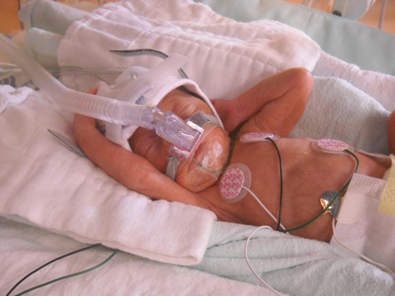 accouhement de bébé espoire mini billy +photo 8juin 2010 a 27semaine et2/7 Dscn1514