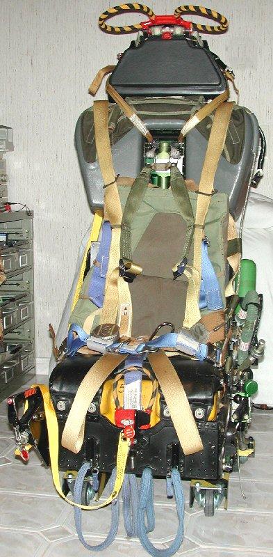 F-104G Cockpit, 1:12 Italeri - Page 2 Gq7_fr10