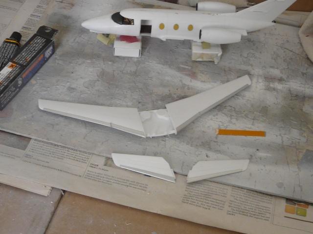 Dassault Falcon 10   1-48 (Revell) - Page 2 P1040511