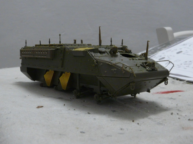 M1130 Stryter Commmand Venicle  1-35 scale P1040831