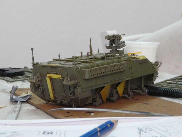 M1130 Stryter Commmand Venicle  1-35 scale P1040834
