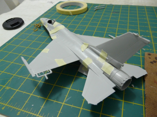 Green Lighting F-16 ADF Special colour  1-48 scale P1050613