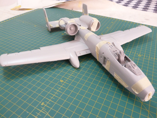 A-10a Thunderbolt II 47th fighter Sqd   Italeri 1-48 P1050913