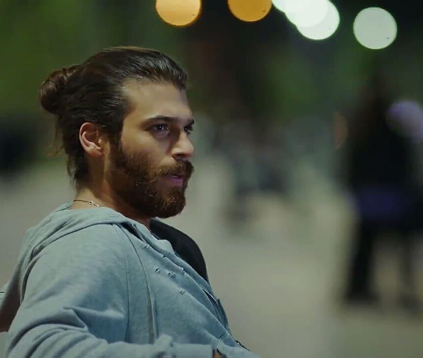 Erkenci Kuş - Actori 7bcde810
