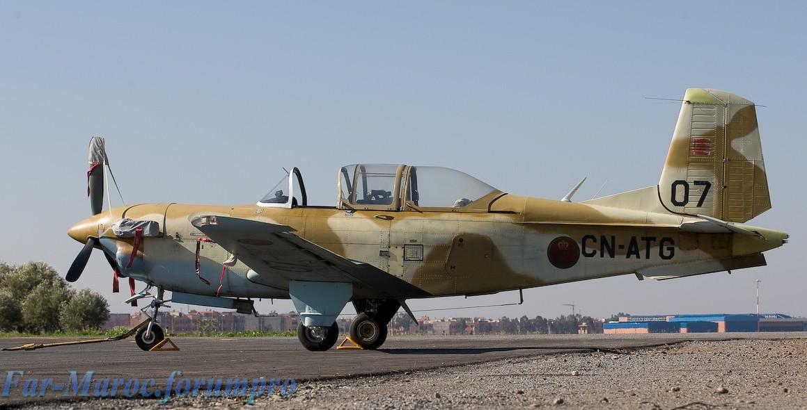 FRA: Photos avions d'entrainement et anti insurrection - Page 4 _95j5010