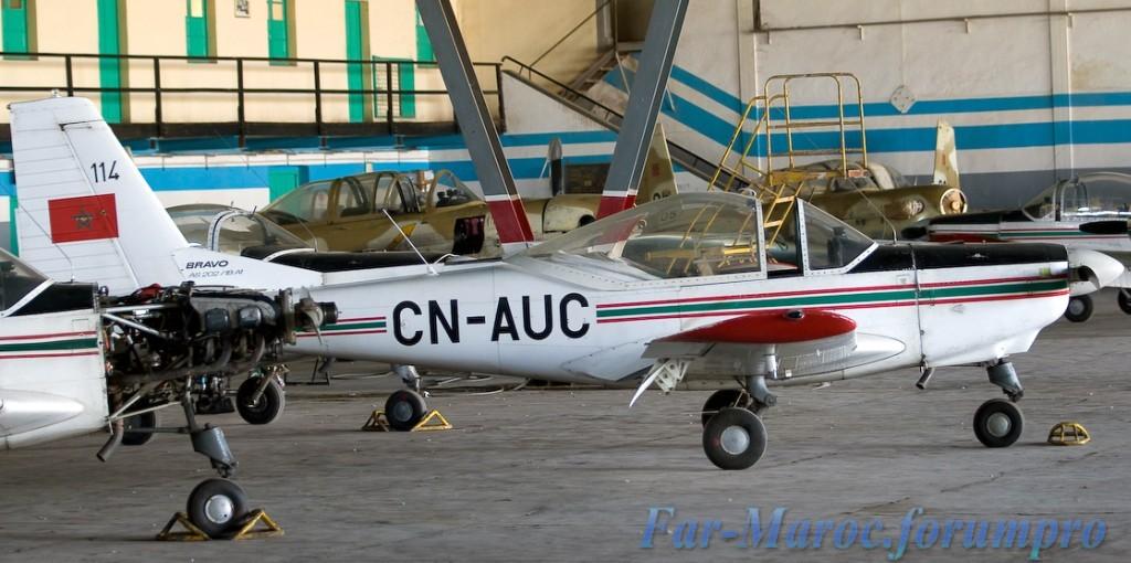 FRA: Photos avions d'entrainement et anti insurrection - Page 4 Clipbo17