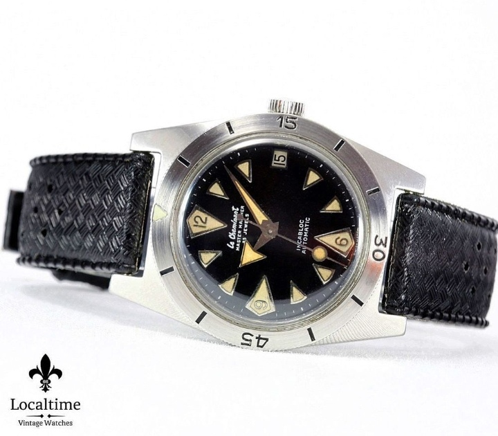 Revue SQUALE 1521 50 ATMOS  Img_2175