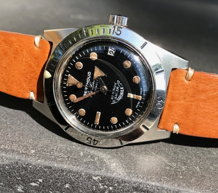 Revue SQUALE 1521 50 ATMOS  Img_2177