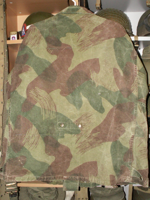 Early Belgian Denison Airborne Jacket Rear11