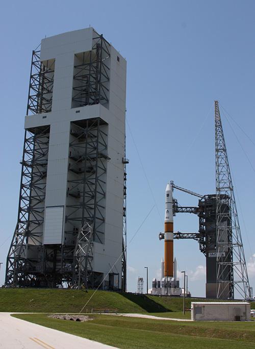 Lancement Delta IV / GPS 2F-1 (27/05/2010) 0312