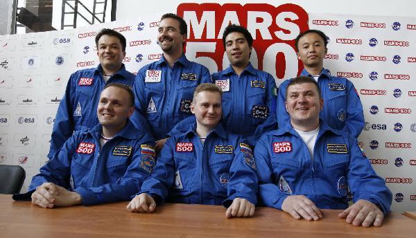 Nouvelle simulation Mars 500 (520 jours a/c de juin 2010) - Page 2 13302310