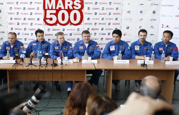 Nouvelle simulation Mars 500 (520 jours a/c de juin 2010) - Page 2 13302311