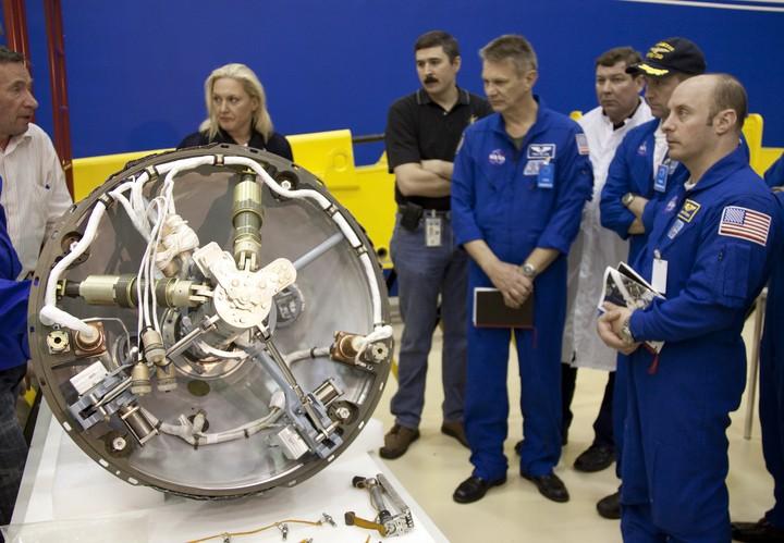 "Le module MIM-1 ""Rassviett"" 2010-213"