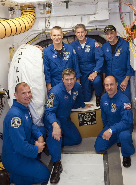 [STS-132] Atlantis : préparatifs (lancement prévu le 14/05/2010) - Page 6 2010-221