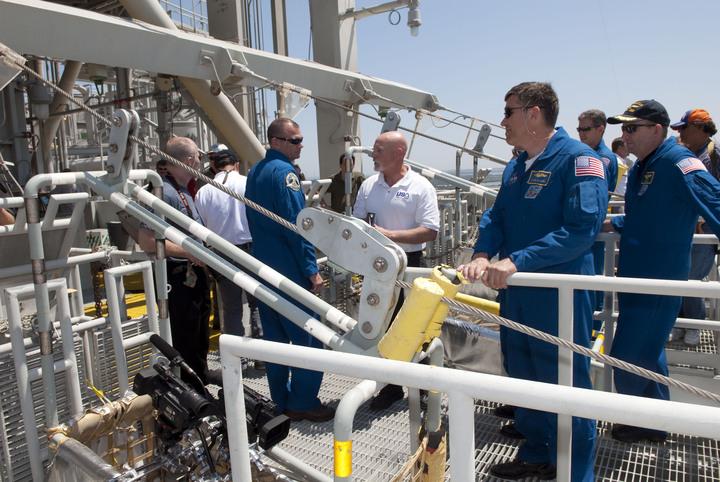 [STS-132] Atlantis : préparatifs (lancement prévu le 14/05/2010) - Page 6 2010-223