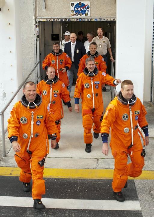 [STS-132] Atlantis : préparatifs (lancement prévu le 14/05/2010) - Page 6 2010-312