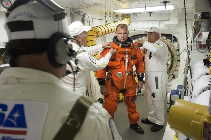 [STS-132] Atlantis : préparatifs (lancement prévu le 14/05/2010) - Page 6 2010-314