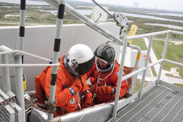 [STS-132] Atlantis : préparatifs (lancement prévu le 14/05/2010) - Page 6 2010-315