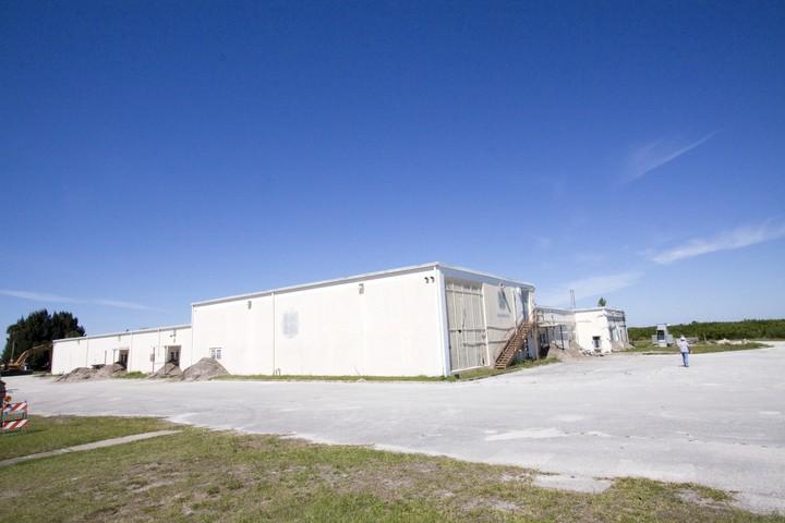 Destruction du Mercury Mission Control Center - 28 avril 2010 2010-317