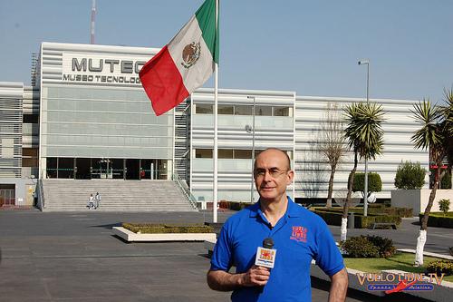 Rodolfo Neri Vela - premier astronaute Mexicain 44720910