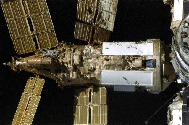 Collision Mir/Progress Damage10