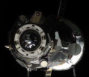 ISS : Amarrage de Progress M-05M le 1er mai 2010 - Page 4 Iss02320