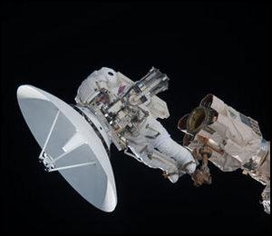 [STS-132] Atlantis : EVA 1, Reisman et Bowen. - Page 3 Iss02347